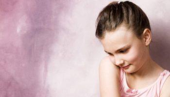 Разбор 10 основных причин детской застенчивости