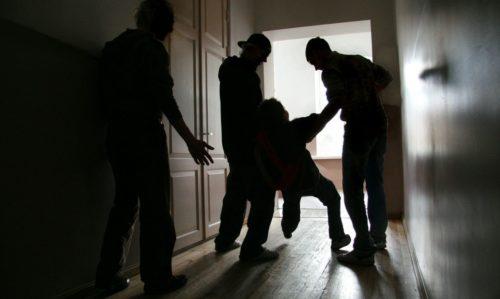 Реакция родителей на школьные издевательства над ребенком
